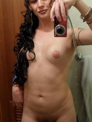 Nikki hotel naked selfies